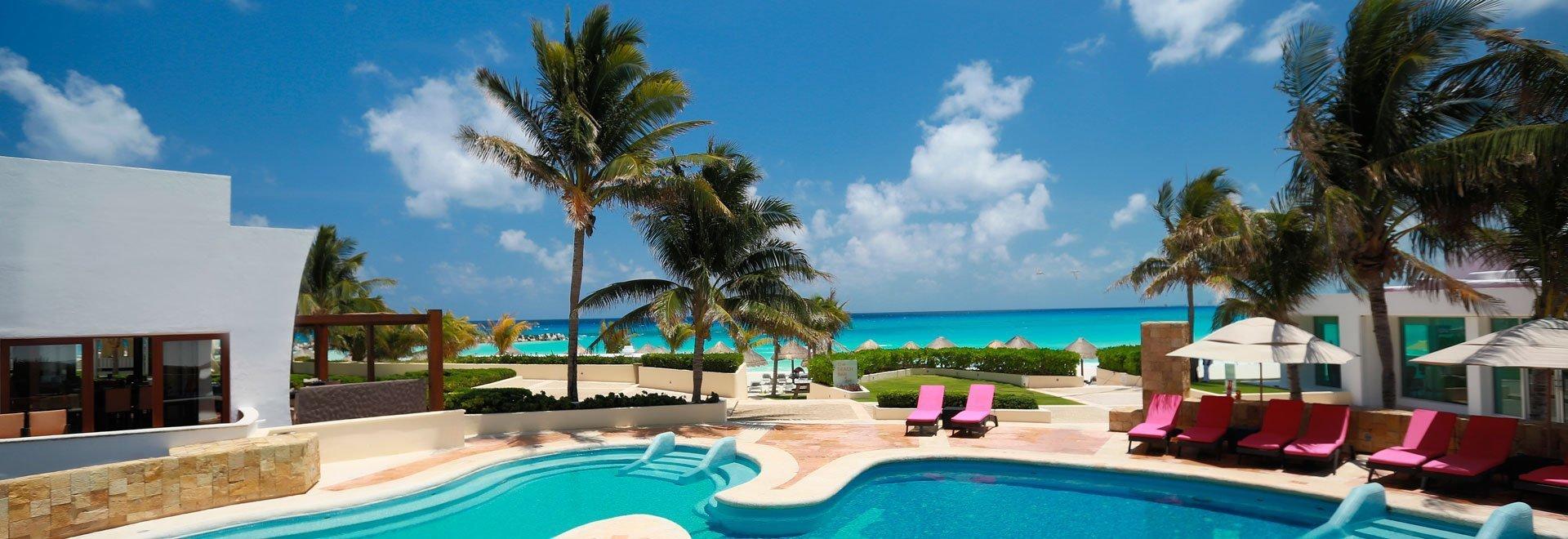 Krystal Grand Punta Cancún Hotel Descubre