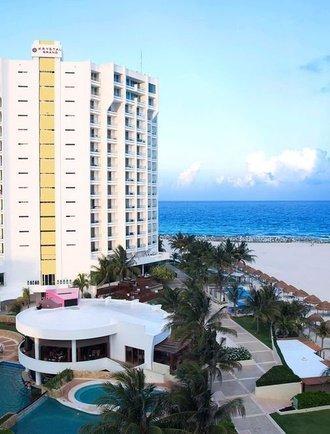 Facade Krystal Grand Punta Cancún Hotel Cancún